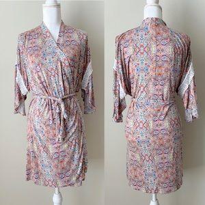Artisan NY Paisley Robe with Lace detail